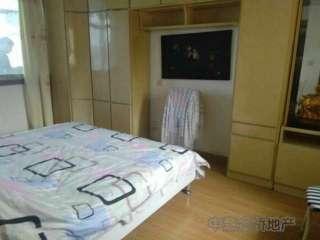 南湖路木材宿舍一室半一厅